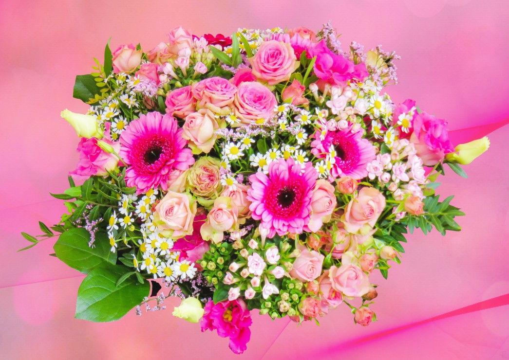 pink-bouquet-of-roses